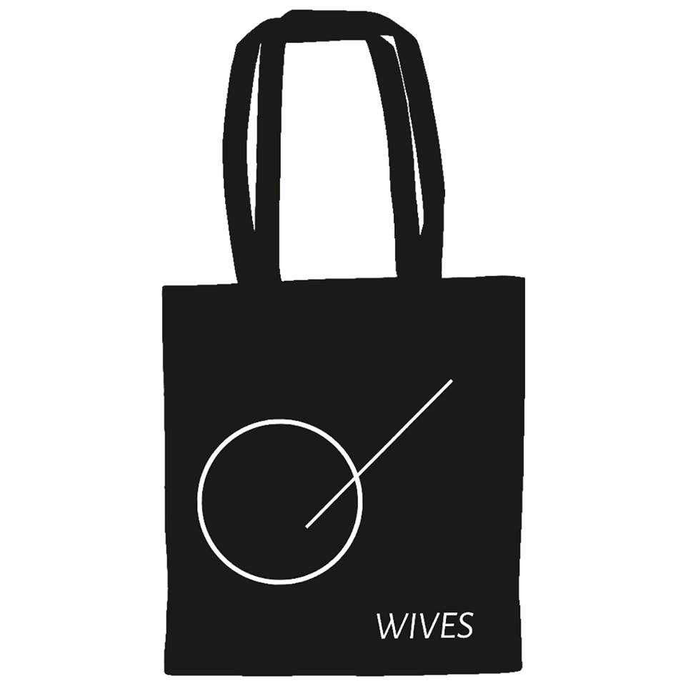 Wives-Tote